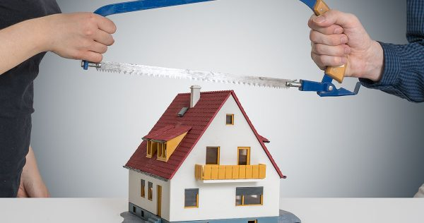 Who Gets the Marital Home in a Divorce in Arizona